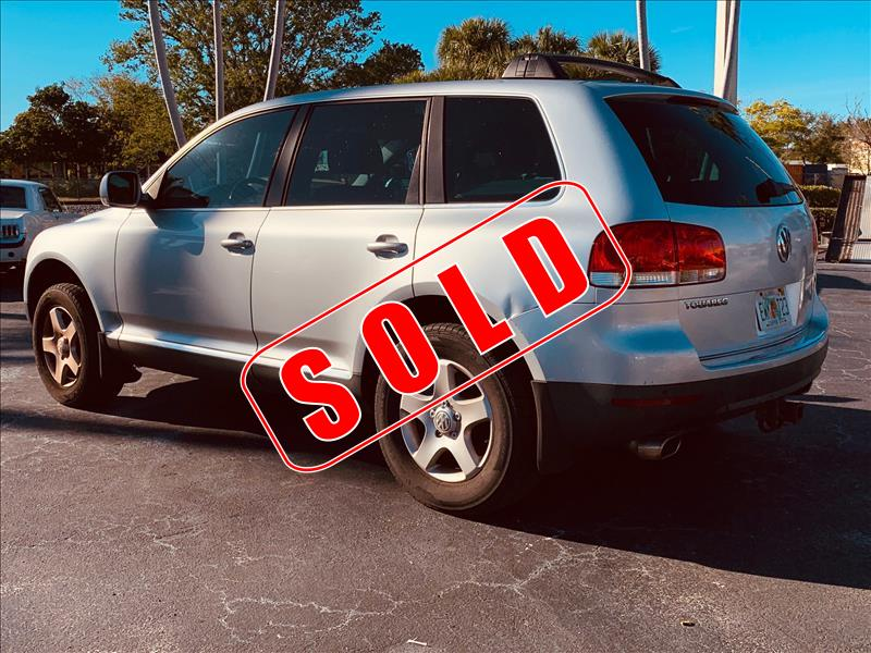 2005 Volkswagen Toureg in Lantana, Florida